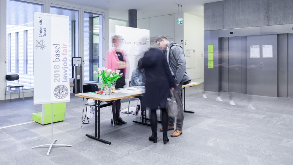 Lawjob fair: Bild 3.